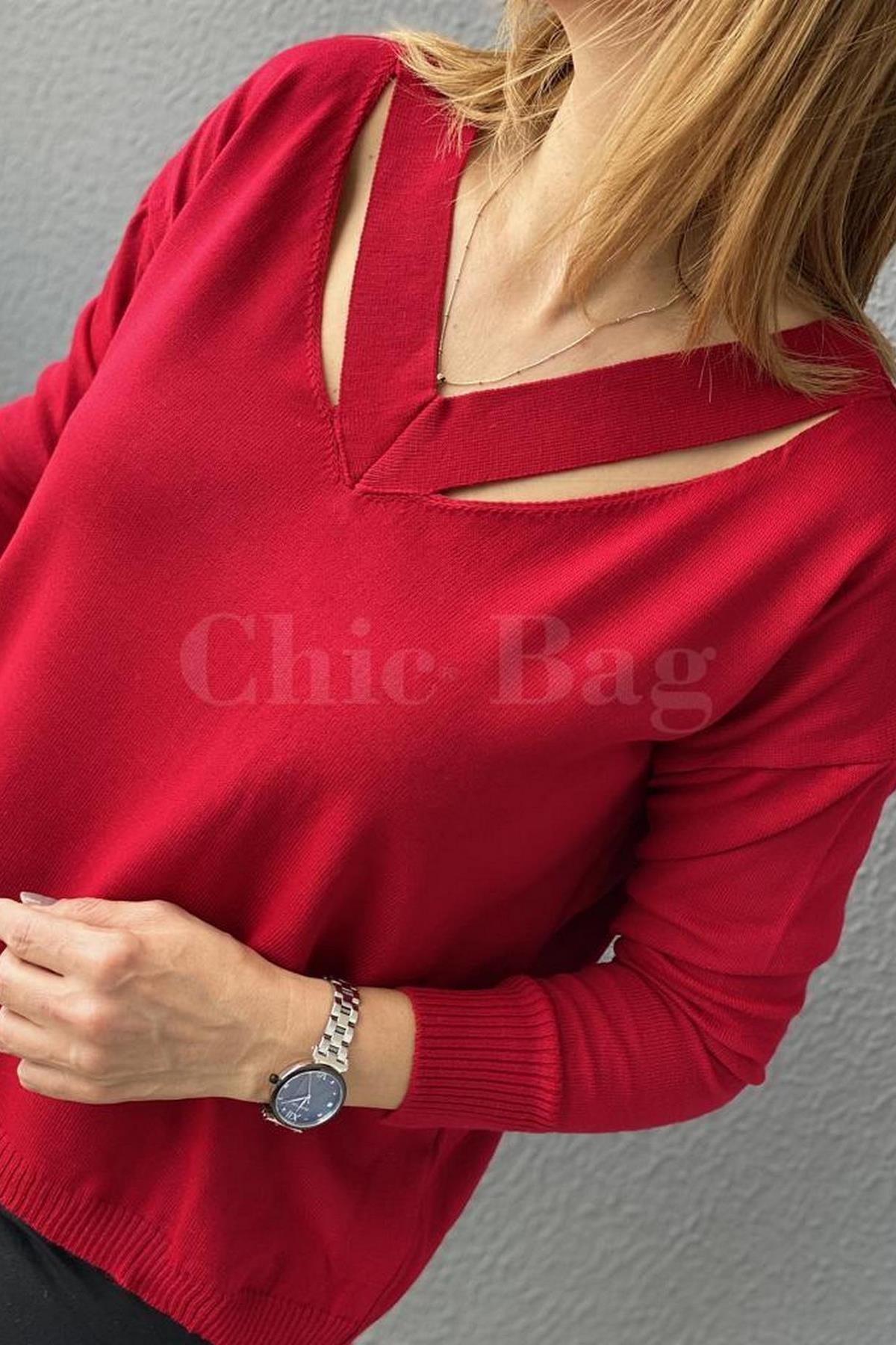 https://resim.chicbag.com.tr/chb11270110/krz/fashion-v-yaka-yaka-kenari-yirtmacli-triko-chb-0001154be-01ab104f8a8c.