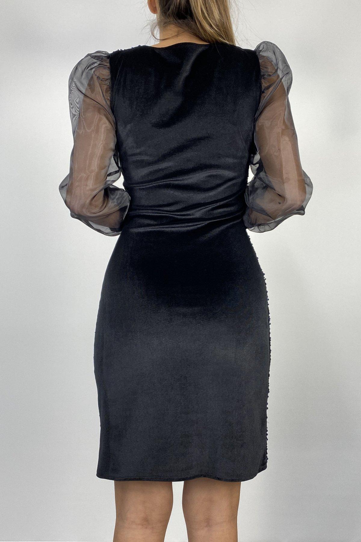 Kollar Balon Tül Kadife Üstüne Payet İşlemeli Elbise
