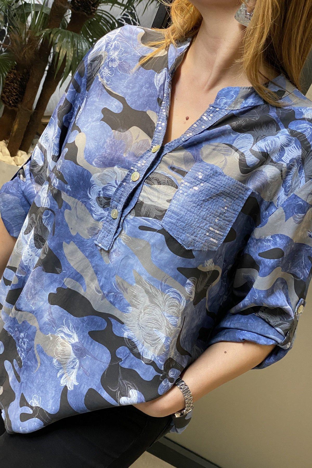 Kamuflaj Desenli Cep Üstü Pul Detaylı Bluz