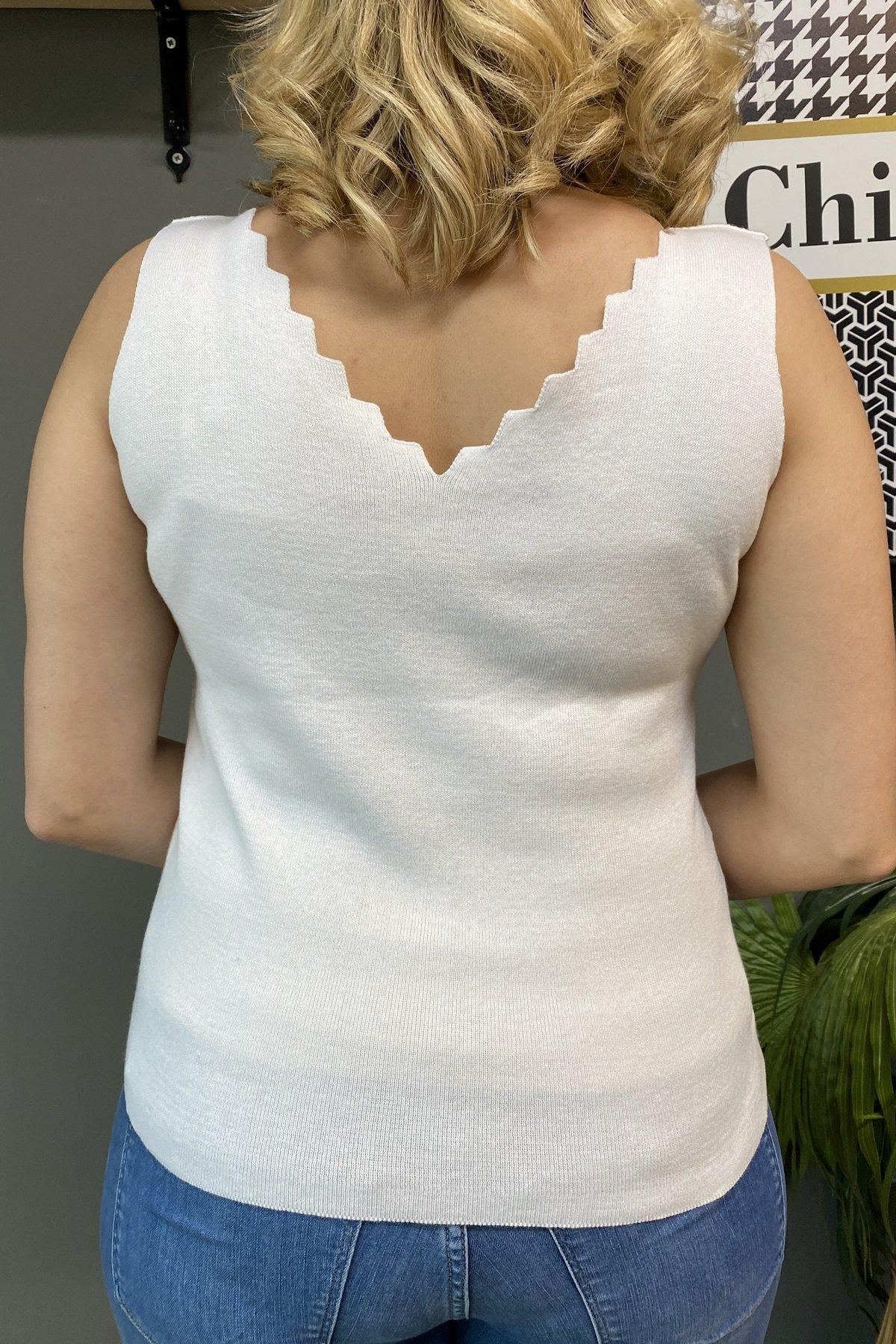 Merdiven Yaka Büyük Triko Bluz