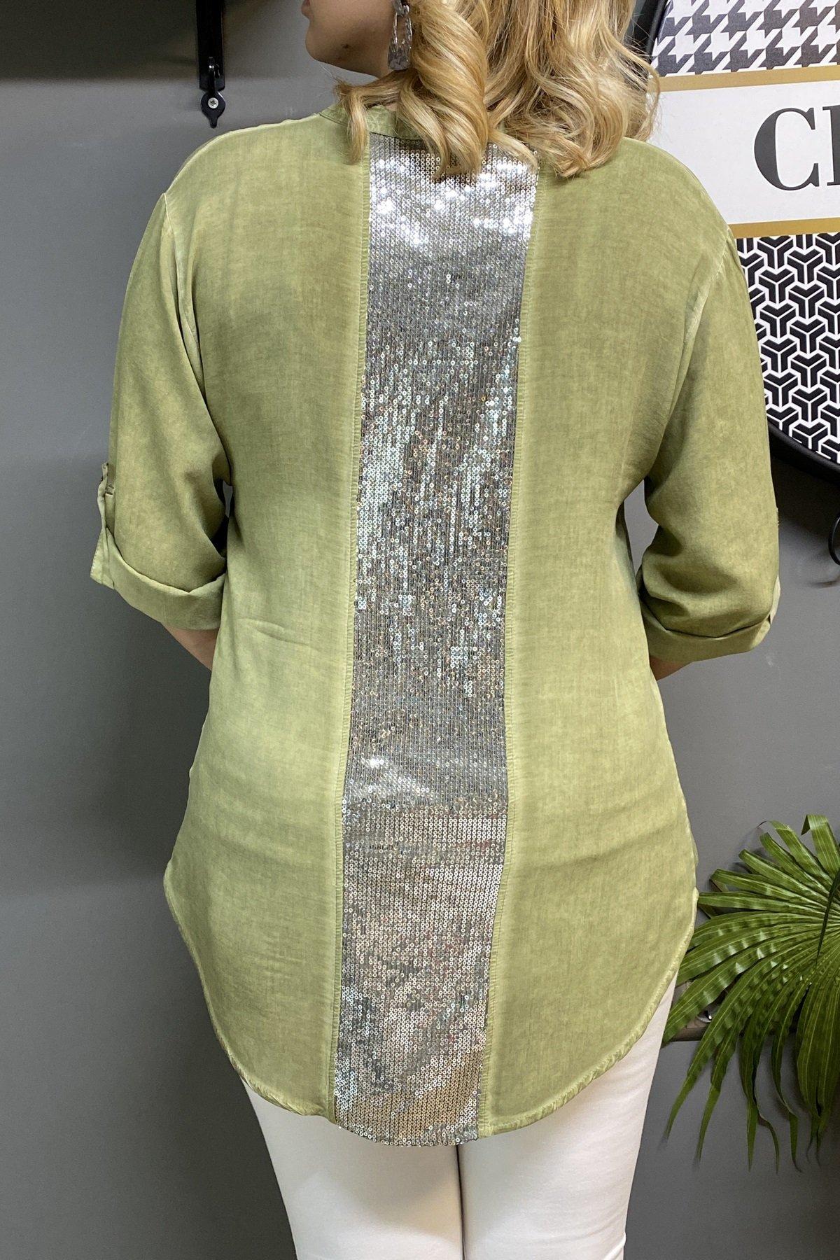 Sırtı Ve Cep Üstü Payetli Gömlek