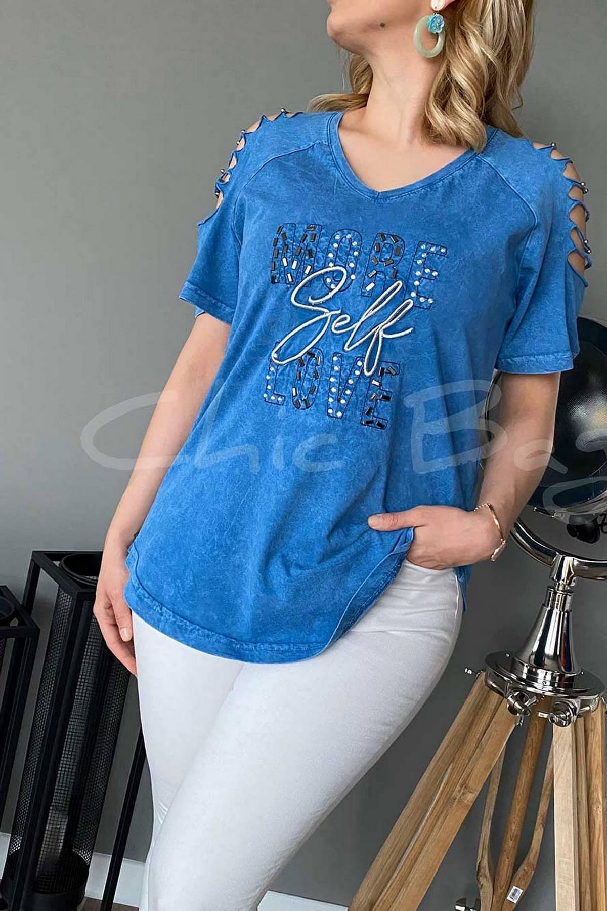 https://resim.chicbag.com.tr/p000816/mvi/more-self-love-baski-omuz-kesik-dekolteli-v-yaka-t-shirt-swns-01e08247a0ee.