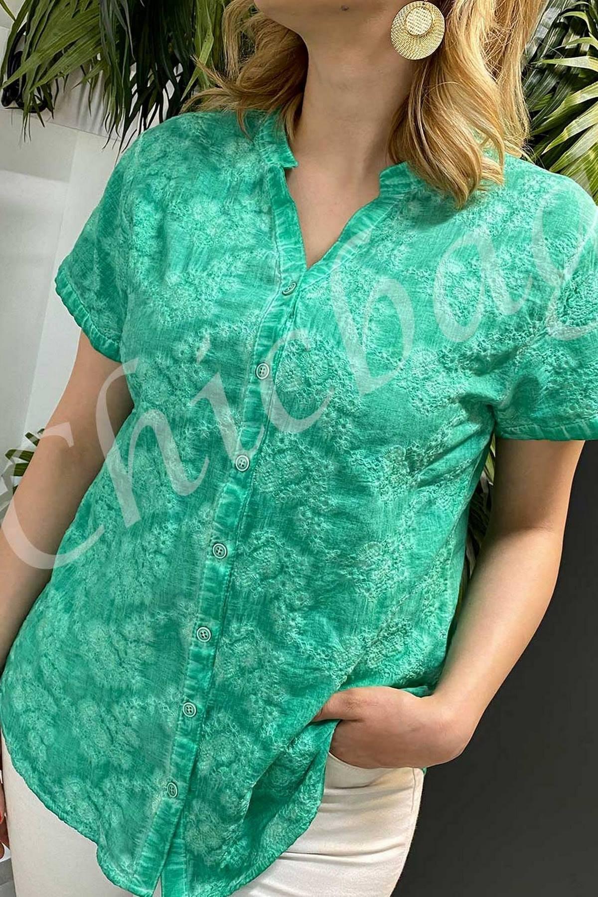 Batik Kendinden İşlemeli Gömlek