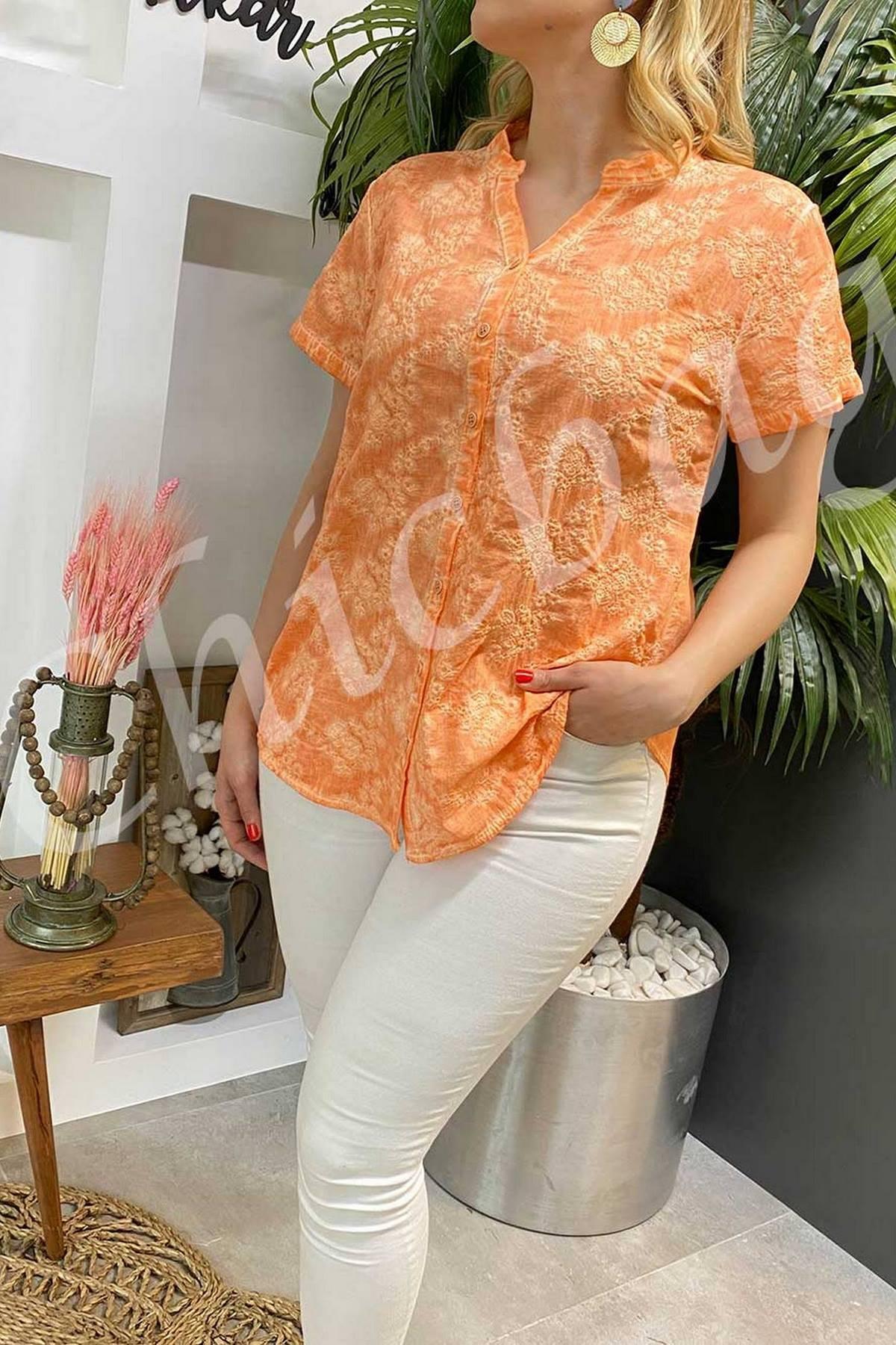 https://resim.chicbag.com.tr/p000860/yvr/batik-kendinden-islemeli-gomlek-orgm-01e46e348f0b.